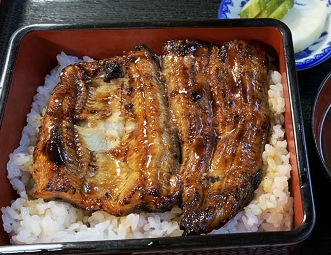 川魚料理 笹船