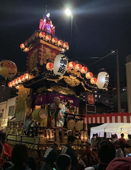 八幡太郎の山車