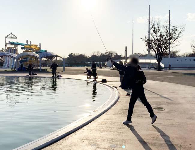 川越水上公園プールフィッシング