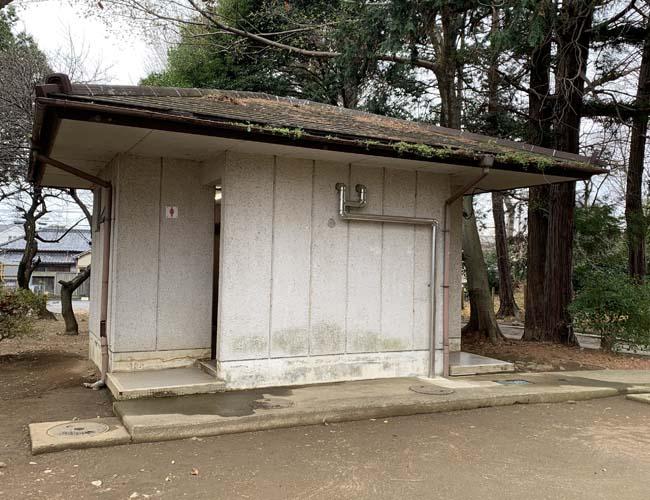 三芳野神社の公衆トイレ