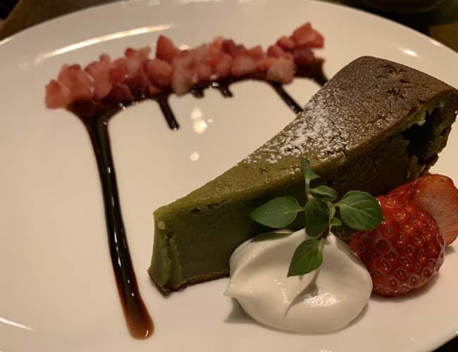 仙波豆腐と宇治抹茶のガトーショコラ