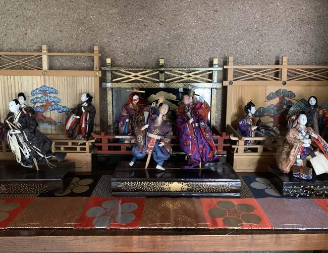 丹徳庭園の高砂人形