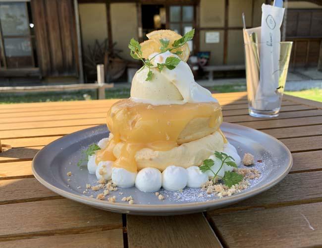 レモンのスフレパンケーキ