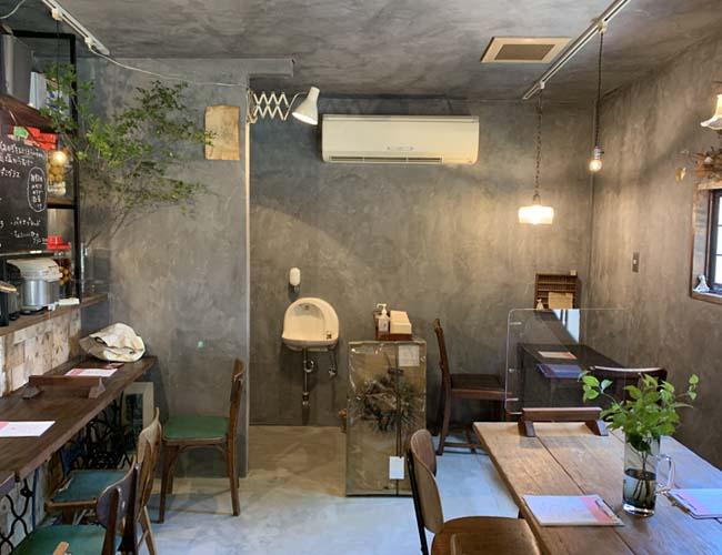 トモリ食堂
